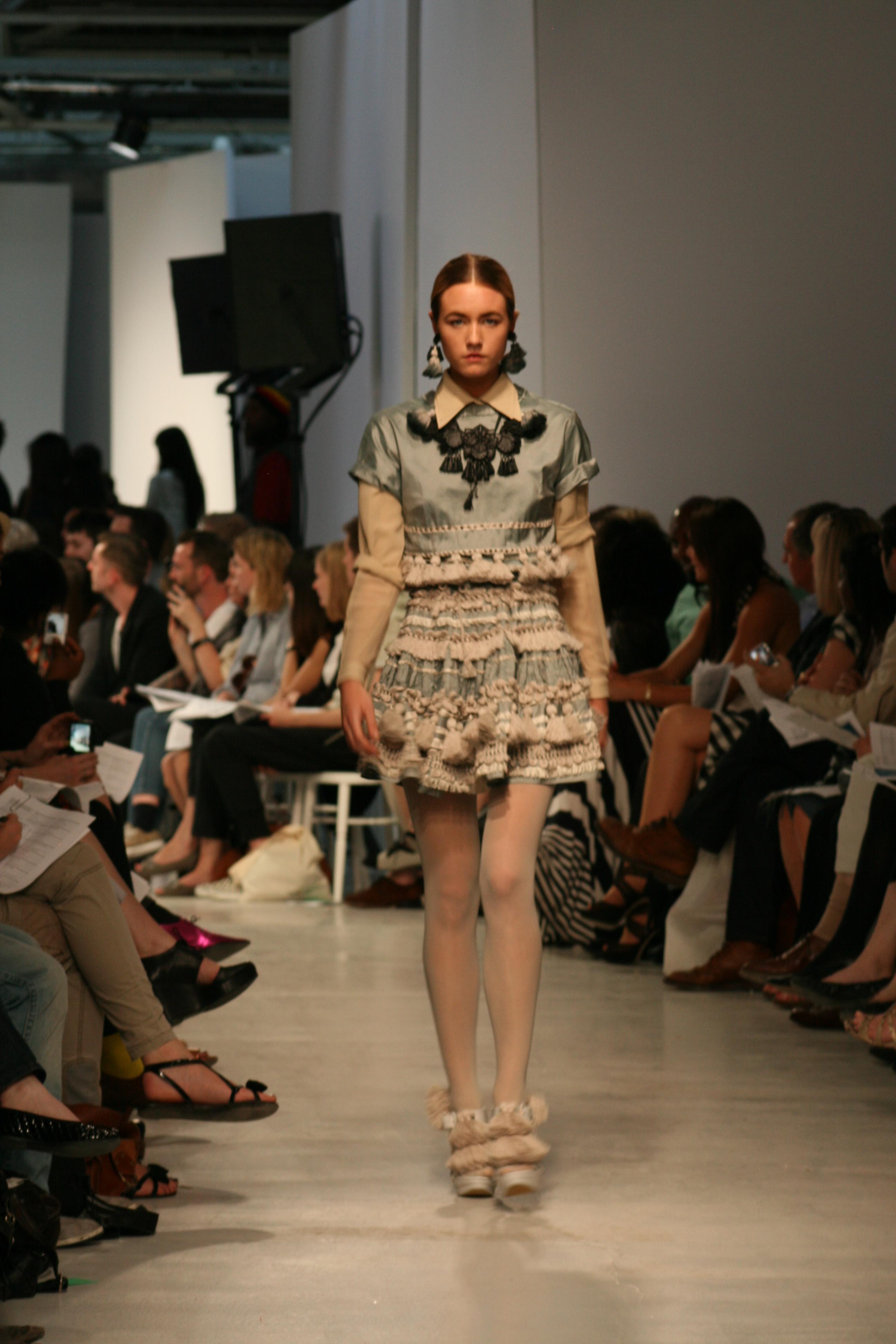 IIFT Best Fashion Designing colleges in bangaloreFashion 60